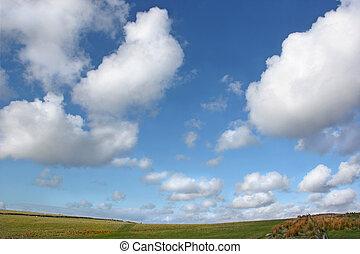 Wide Open Sky - Sky with alto cumulus clouds above a...