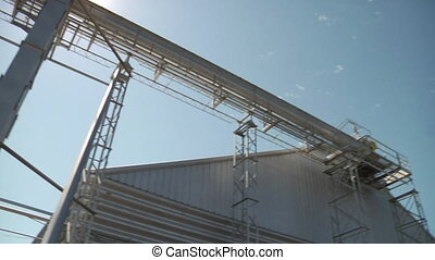 wide pan shot of grain elevator