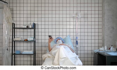 Pacient isolated in a hospital. Covid-19.