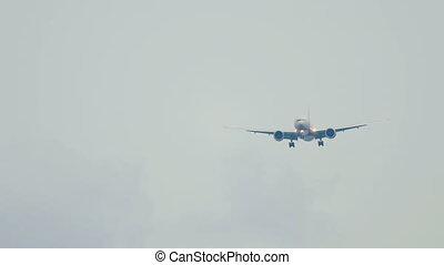 Widebody airplane landing