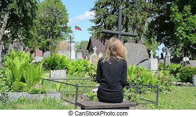 widow soldier grave