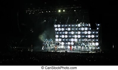 widzowie, koncert, taniec, pozować, scena, śpiewacy, hala,...