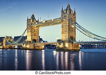 wieża most, na, night.