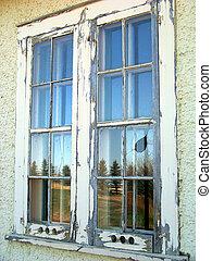 wiejski, windowpanes, w, na, opuszczona budowa,...