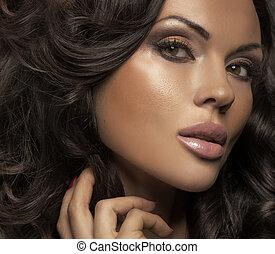 wielki, brunetka, jasna cera, portret, dama