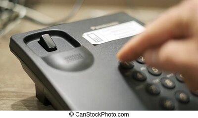 wijzerplaten, noodgeval, getal, hand, telefoon, mannelijke