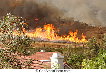 California Wildfire approaching Houses