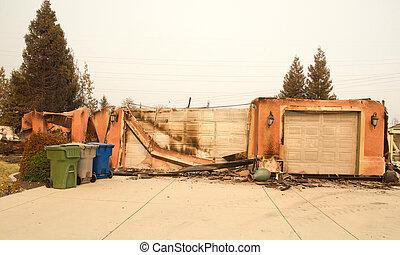 wildfire, endommagé, ca, redding, firestorm, maison