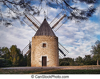 windmill in the south of France (Venejan, langue d'oc...