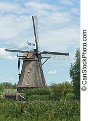 Windmill near Kinderdijk in NL (UN world heritage)