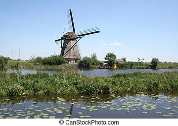 Windmills of Kinderdijk in Holland - The windmills of...