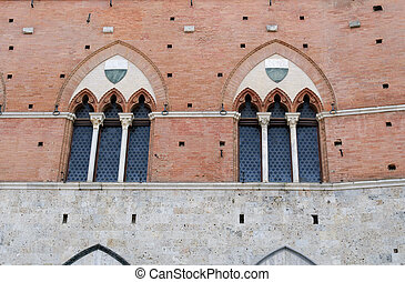 windows in Siena