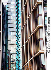 windows in the city of london    skyscraper