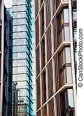 windows in the city of london    skyscraper