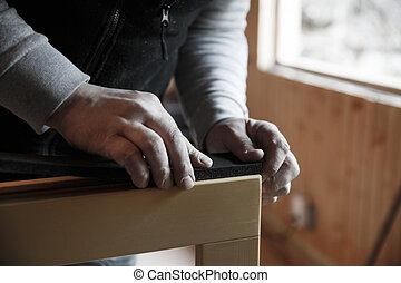 windows, munkás, fából való, előkészítő, elhelyez, új