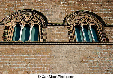 Windows of the Palace of the Captain of the People, Orvieto2