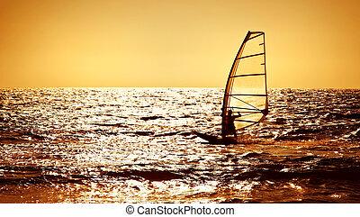 windsurfer, silhouette, aus, meer, sonnenuntergang