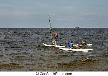 windsurfing, les