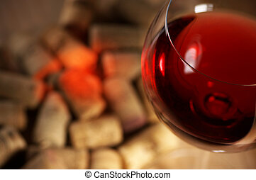 Wine corks with wine reflex - Heap of used vintage corks...