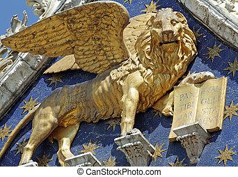 winged venetian lion