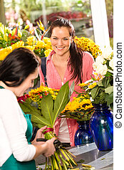 winkel, vrouw, bouquetten, vrolijk, bloem, bloemist, aankoop