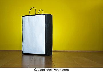 winkeltas, de ruimte van het exemplaar, houtenvloer