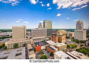 Winston-Salem, North Carolina, USA skyline f
