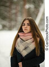 winter., πορτραίτο , κορίτσι , χιόνι , παίξιμο