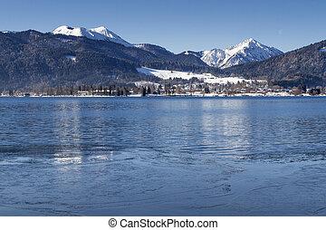 Winter at lake Tegernsee in Bavaria, Germany