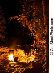 Winter campfire - Cooking on a campfire in a winter skiing ...
