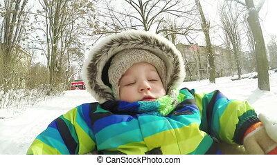 Winter, clipart kinderschlitten, kind