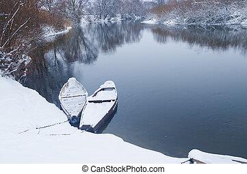 winter- fluß