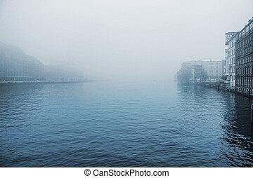 Winter fog in berlin