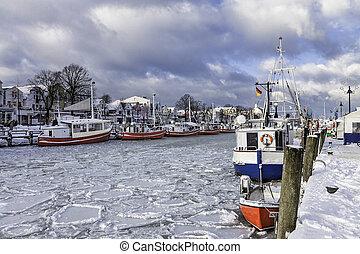 Winter in Warnemuende (Germany).