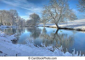 Winter lake, Worcestershire