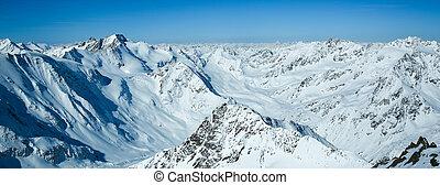 Winter landscape - Panorama of the ski resort Pitztaler Gletscher. Wildspitzbahn. Alps. Austria.