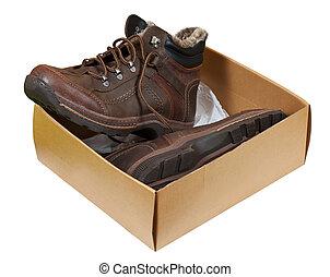 Winter men boots in sale box