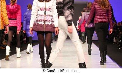 winter, modelle, snowimage, weg, junger, sammlung, spaziergang, kleidung