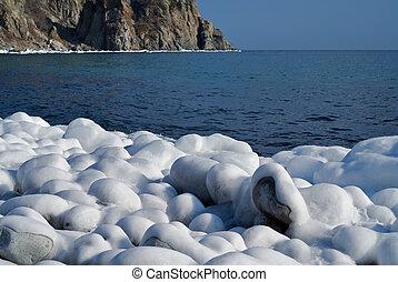 Winter on sea 4