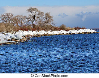 Winter shore of the Lake Ontario in Toronto