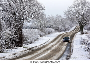 Winter snow in the United Kingdom - Driving in winter snow...