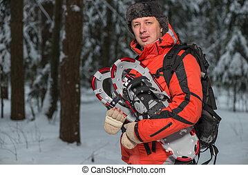 winter, snowshoes, mannelijke , toerist, bos