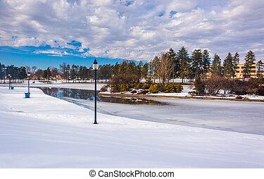 Winter view of Kiwanis Lake, in York, Pennsylvania. - Winter...
