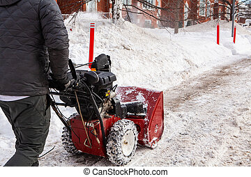 winter, wandelende, man, snowblower
