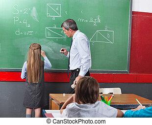 wiskunde, meisje, het oplossen, plank, leraar