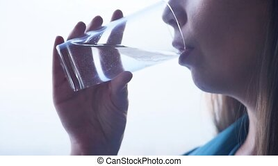 wodowskaz, picie, kobieta, młody