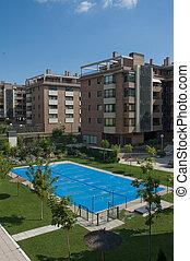 wohnhäuser, mit, geschlossene, schwimmend-teich