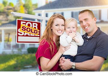 wojskowy, znak, rodzina, sprzedany, przód, dom, młody