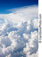 wolkengebilde, oben