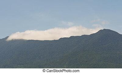 wolkenhimmel, auf, der, spitzen, von, berge., wolke,...